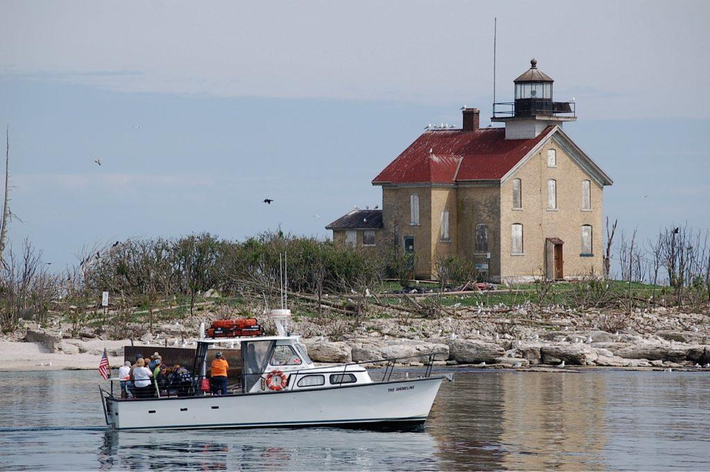 The Shoreline Scenic Cruises Amp Charters Gills Rock