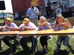 Corn Eating Contest (1)