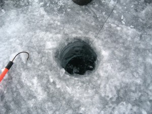 dclv05i04-outside-in-door1-ice-hole