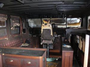 dclv07i04-topside-sea-spray-captains-chair-burned