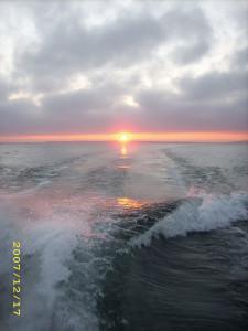 dclv08i01-topside-sunset