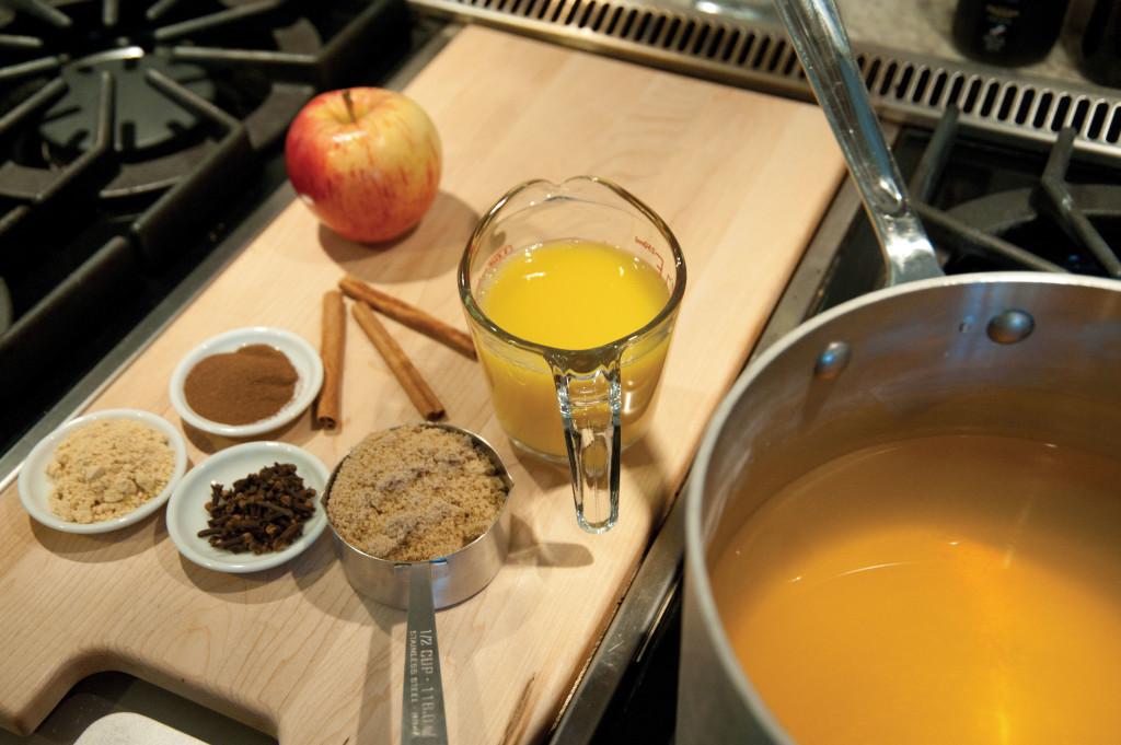 dclv08i03-on-your-plate3-cider-ingredients