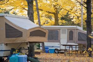 dclv08i03-outside-in-door-pop-up-campers