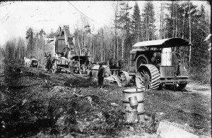 Workers clear land for what would become Highway 78 through Jacksonport. In 1930 the road's name was changed to Highway 57.