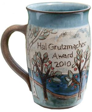 dclv10i01-literature-hal-cup