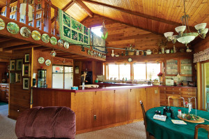 dclv10i02-habitats-stiefels-kitchen