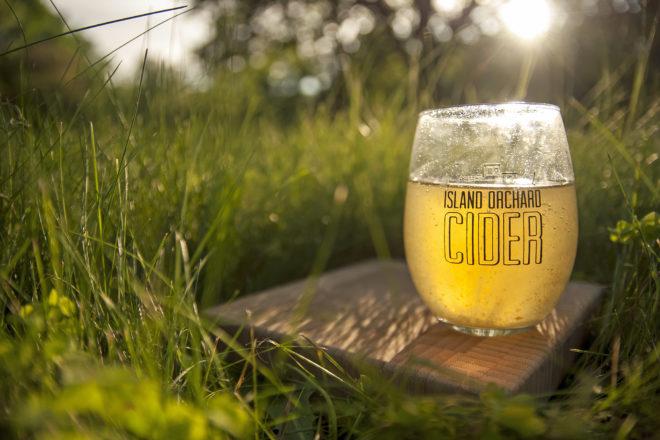 Uncork Summer Showcases Food, Wine, & Music