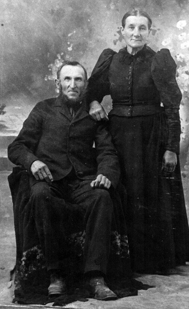 Karl and Augusta Peil (Vater and Mutter) in the early 1900s. Submitted.
