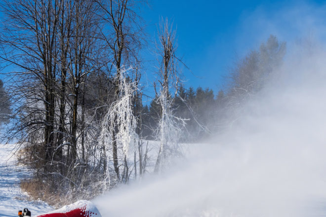 Kewaunee Snow Machines Go to Work on Sled Hill