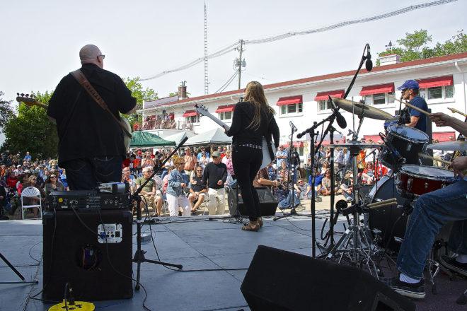 Copperbox at SteelBridge Songfest. Photo by Len Villano