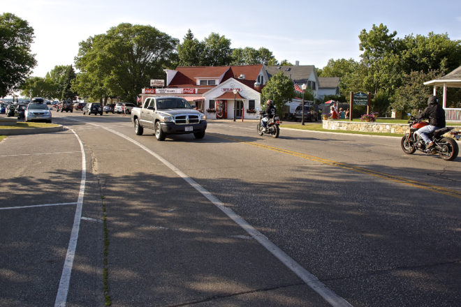 Ephraim Trustees Embattled Over Sidewalks, Pedestrian Safety