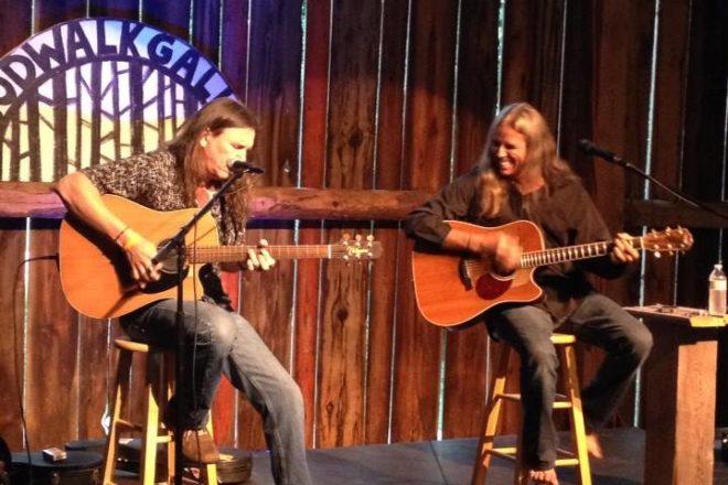 Door County Land Trust Holds Benefit Dinner/Concert with Julian Hagen, Tommy Burroughs