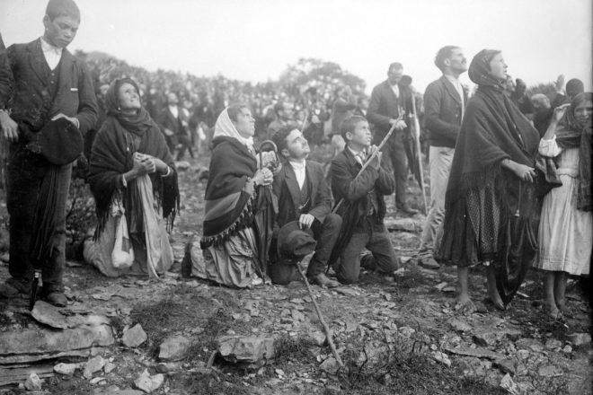 Catholics Celebrate 100th Anniversary of Fátima Apparitions