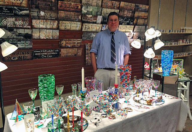 Door County Christmas Sets Up Shop at Fox River Mall