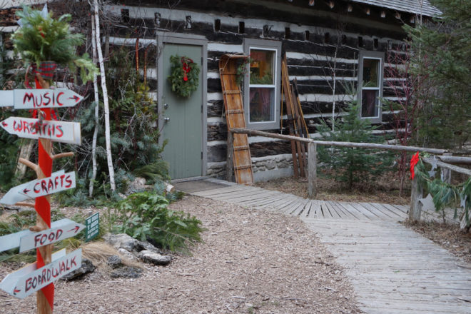 Hikes, Wreath-making at The Ridges' Natural Christmas