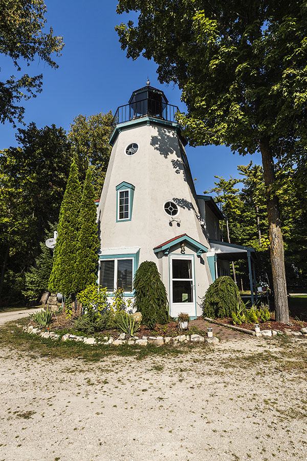 The Lighthouse Is The Most Prominent Feature Of The Harbor Light Inn  Grounds. Photo By Len Villano.