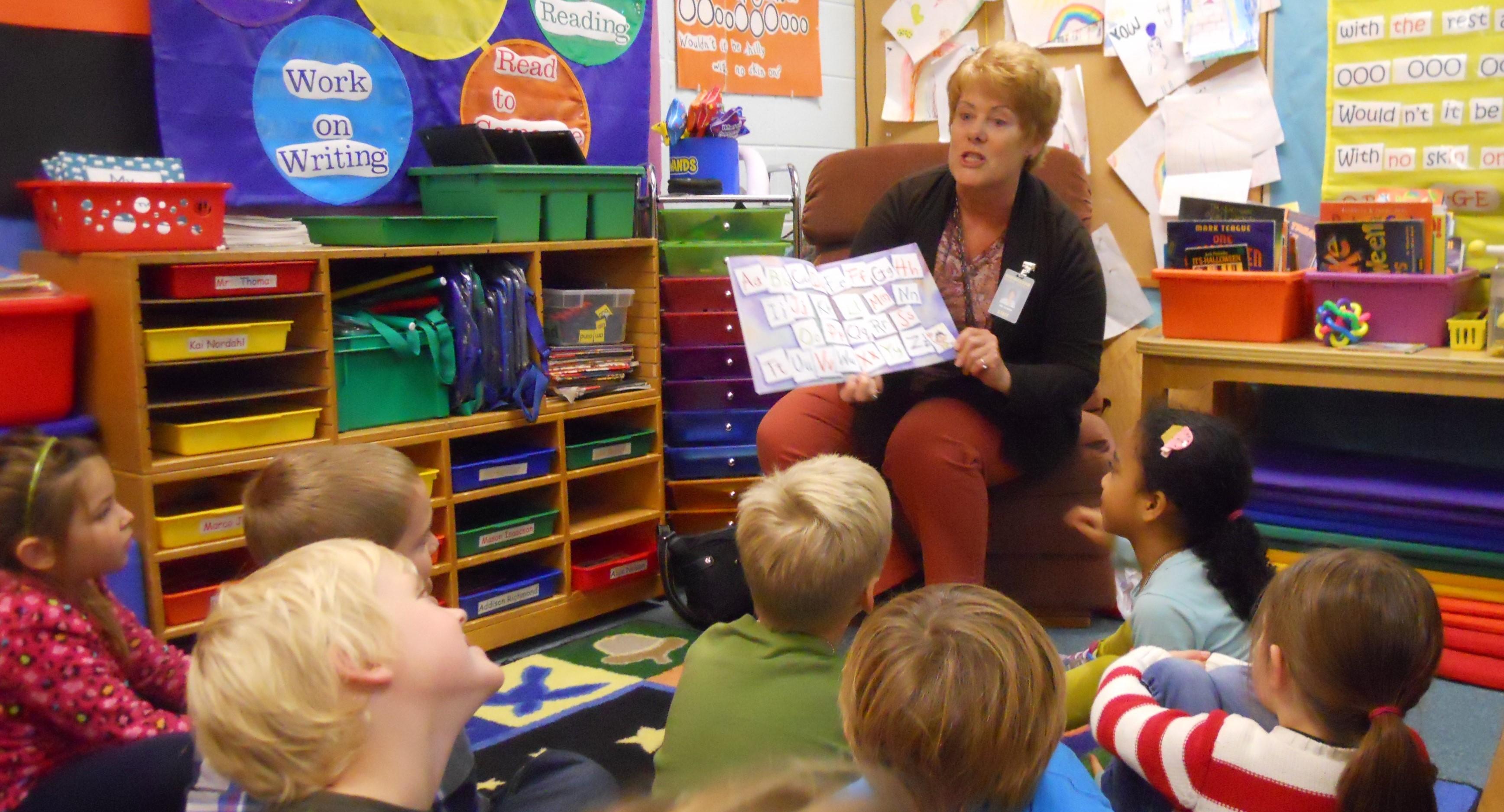 Door County Interiors Raise Funds For Read To Me Program