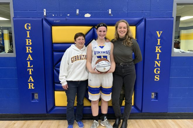 Gibraltar's Payton Pluff Scores 1,000th Point [VIDEO]