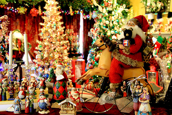 Christmas in July: Inside Door County's Year 'Round Holiday Stores