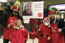 Salvation Army, Red Kettle Campaign, Door County, bell ringers, bell ringing