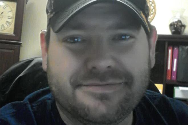 Server of the Week: Justin Hartel
