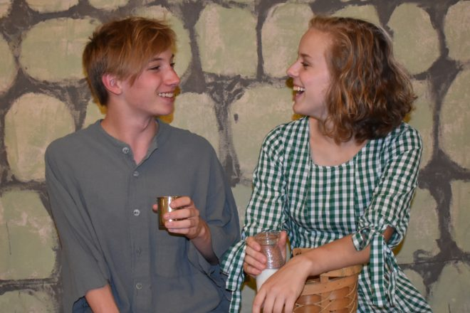Rogue Theater Stages 'A Girl of the Limberlost'