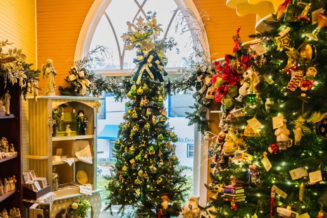 Experience the Magic of Door County's Holiday Shops