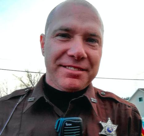 Server of the Week: Curt Vandertie at the Door County Sheriff's Department