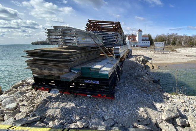 Lighthouse Restoration Begins on Plum Island