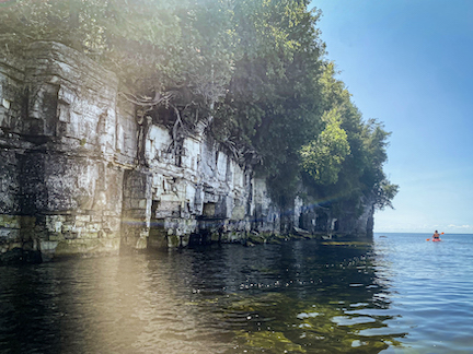 Kayaking Door Bluff: A Beginner's Perspective