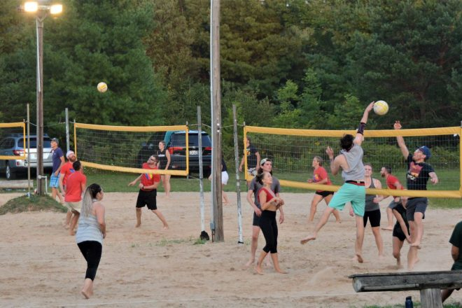 Blue Horse Takes Volleyball Title