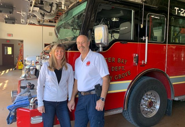 CHRIS AND LIZ HECHT NAMED SISTER BAY VOLUNTEERS OF THE YEAR